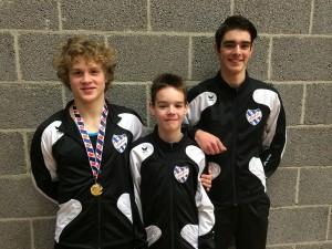 De drie turners van Stânfries die meededen aan de wedstrijden in Joure.