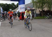 Turffietstocht trekt recordaantal deelnemers